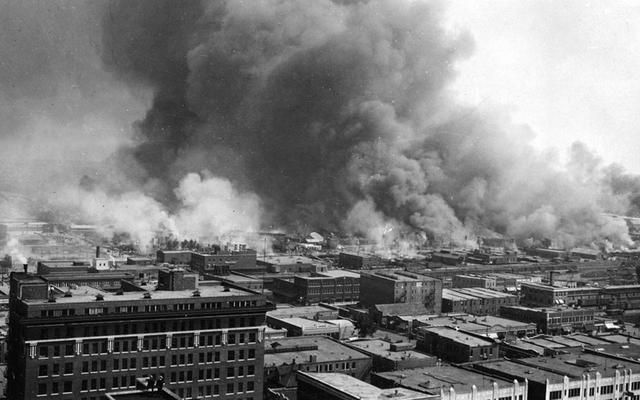 Photo of smoke over Tulsa during the 1921 Race Massacre.